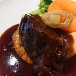 11332075 - ヴィアンド/国産牛頬肉の赤ワイン煮