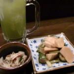 金魚屋 - お通しと蕪と胡瓜のゆずポン酢