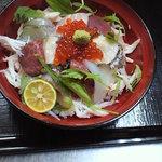 ひらまつ食堂 - 海鮮丼