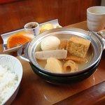 家庭料理 味彩 - おでん鍋定食¥800