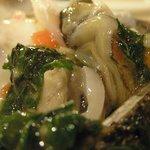 アル・ケッチァーノ - 岩牡蠣のモロヘイヤソース