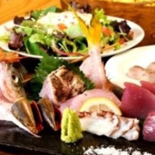 地元の海人(うみんちゅ)吉原さんが釣った近海の鮮魚