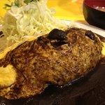 キッチンABC - オムカレー \750(豚汁付)