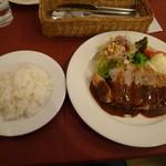 洋食屋 アシエット - ポークチャップ