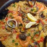 トラットリア シャント - 魚介類のパエリャ
