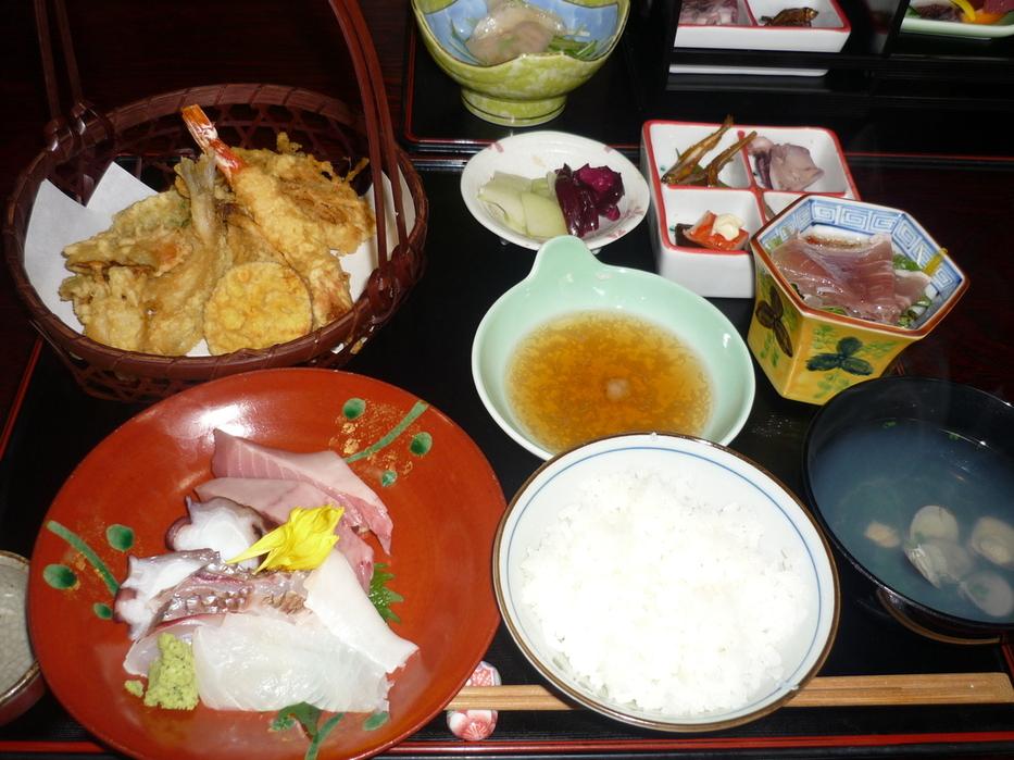 季節料理 四季亭