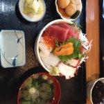 まさる - プレミアム海鮮丼2000円