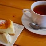 リカフェ - 紅茶とチーズケーキ