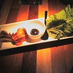 沖縄居酒屋 ちゅらり - 島豚の豚トロ青葉包み