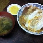 近江家 そば店 - 料理写真:カツ丼