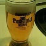 焼肉 六区 - ビールにこだわる人にも嬉しいプレミアムモルツ