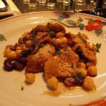 キャロンドウル - 焼きトリッパ。僕はこれが一番好きかも。内蔵を上手に食べさせてくれます。
