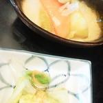 和食亭 - シチューとおしんこ