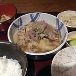 まる徳 - すき焼き風ランチ 2011/12