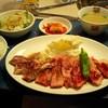 じゅうじゅうカルビ - 料理写真:贅沢三種盛りランチ \1,029