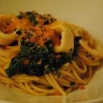 11832967 - カラスミとイカと菜の花のスパゲティ