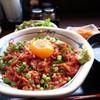 米沢牛焼肉 仔虎 - 料理写真:炙りユッケ丼