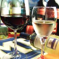 世界中のセレブが集うサルディニア島のワインを楽しむ