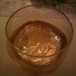 燈 - 友人2杯めの・・・お酒(^^; 銘柄わすれました、スンマセンッ
