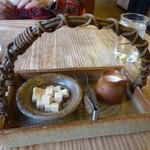 季まぐれMAX - お砂糖とミルク (陶芸家の方の作品のようです)
