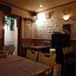 ラ・フォルツァ・デル・ソーレ - 気軽な雰囲気の店内