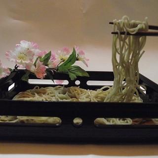 蕎仙 - 料理写真:挽きたて打ち立ての十割そば、5秒でさっとゆでました。なま山葵で どうぞ!