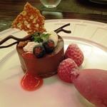 カンナ - ディナーコースデザートの「ビターチョコレートのプディング」