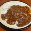 ワンズファミリー - 料理写真:牛すじカレー650円