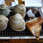 12050933 - 蛤と魚(new)