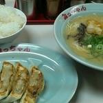 みっちゃんラーメン - 餃子セット750円