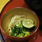 稲にわうどん 割烹 日本橋 古都里 - 薬味