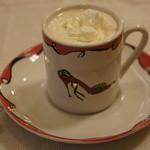 テリーヌ食堂 - ウィンナーコーヒー