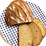 東風 - ライ麦パン