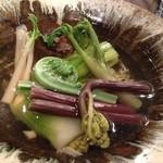 ごでん屋 - 旬の7種の野菜椀