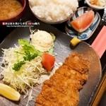 季節膳 ふく田 - 料理写真:国産豚ロースカツ定食