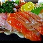 魚のあんよ - 漁師の勝手気ままな5点盛り【990円】
