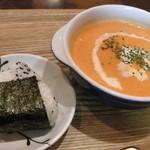 オーガニックスープ・コロンボ - 週替わりスープ(パプリカのぽたーじゅスープ)