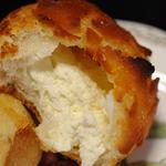12198332 - 中のクリームチーズ
