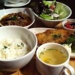cafe&dining ballo ballo - 週替わりプレート900円プラス150円でコーヒー追加