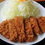 かつれつ食堂 - 料理写真:ロースカツ