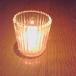 ベネッセハウス オーバルバー - テーブルの上のキャンドル