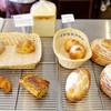 ブーランジュリパティスリーラミラベル - 料理写真:自家製酵母ルヴァン種のパン