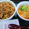 なか卯 - 料理写真:和風牛丼&小坦々うどん