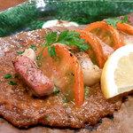 12296123 - イベリコ豚とトマトの朴葉みそ焼き