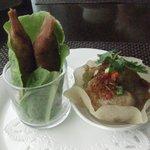 チャイナシャドー - カレー春巻きと大根餅