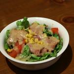 トレンタ - セットのサラダ