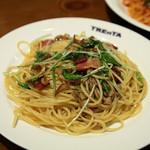 トレンタ - 野菜とベーコンのペペロンチーノ 609円