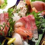 唐屋利久 - 金目鯛・真鯛・ヒラメなど
