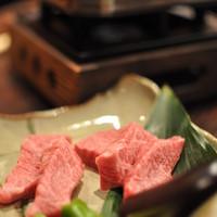 酒仙ひむか - 近江牛の一口ステーキ (1480円)