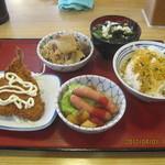 京田辺三山木食堂 - ランチ(全体)